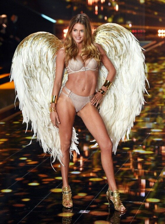 VS-Fashion-Show_2014_3