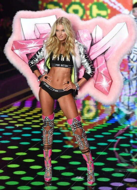 VS-Fashion-Show_2014_10