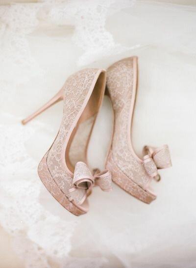 10 sapatos de renda inspirados em lingerie