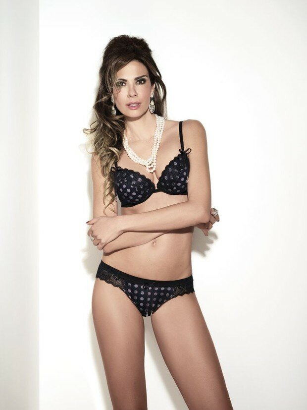 Luciana Gimenez assina linha de lingerie