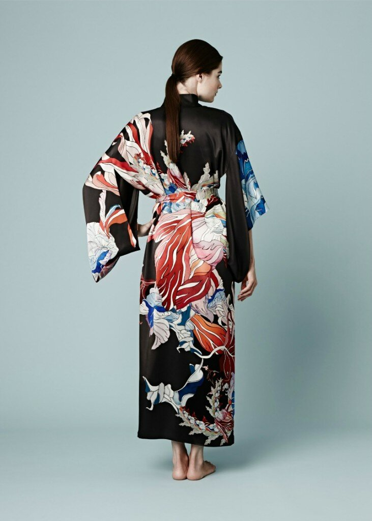 Meng-AW14-Red-Flower-3