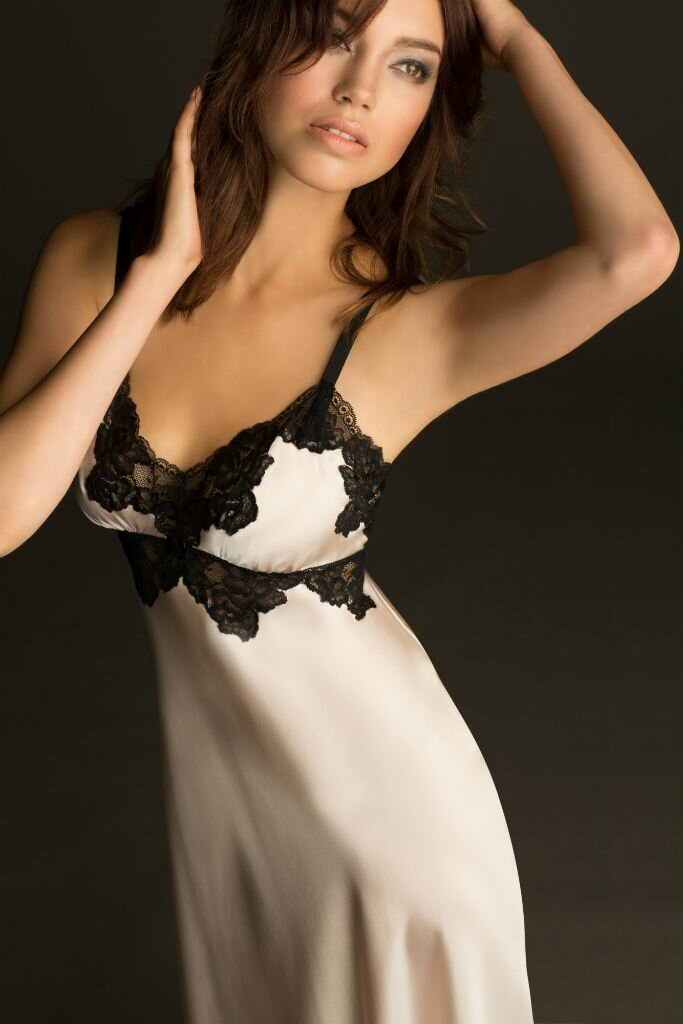 NK-iMode-Morgan-Vintage-Long-Gown
