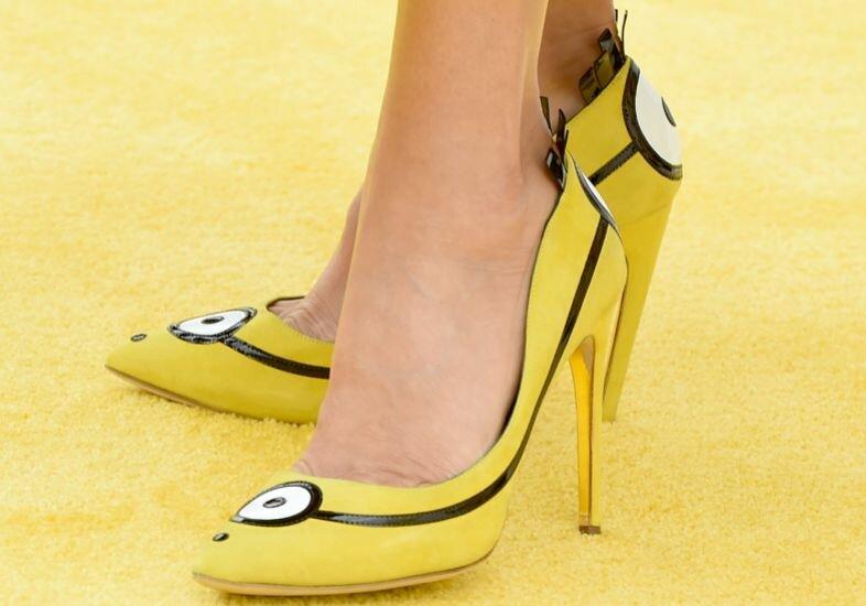 sandra-bullock-sapatos-minions